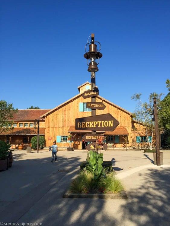 Hotel Davy Crockett Ranch indicaciones servicios