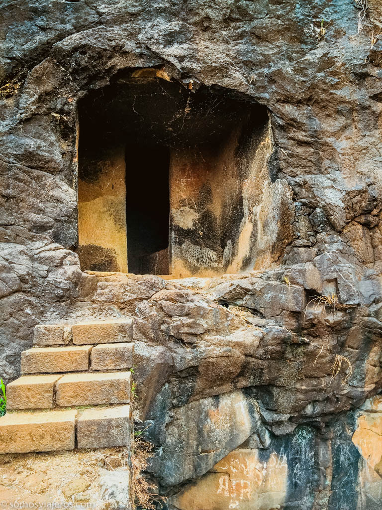 Cuevas de Bhaja en India-14