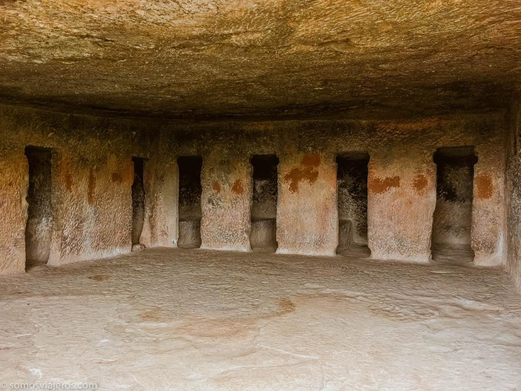 Cuevas de Bhaja en India-16