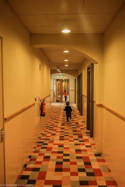 pasillo hotel Amsterdam