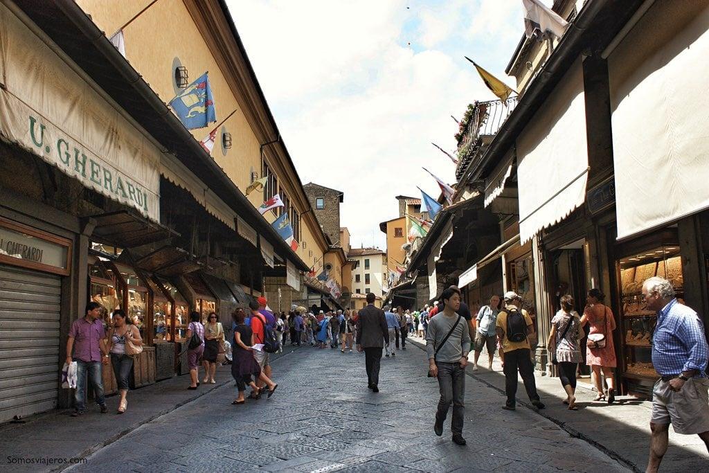 Ponte Vecchio de Florencia. Paseo interior