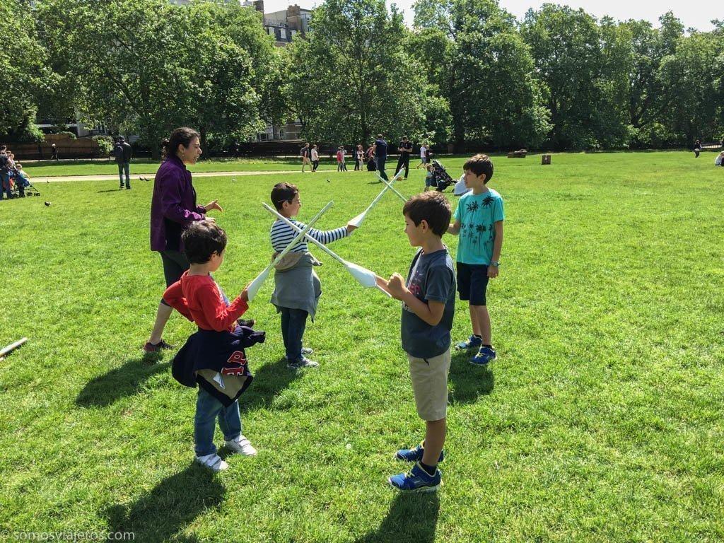 Duelos a espadas en Green Park