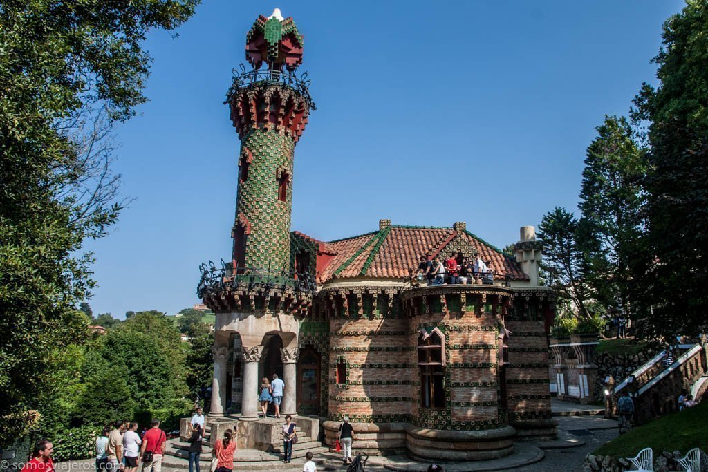 El Capricho de Gaudí en Comillas (Cantabria) - SOMOS viajeros
