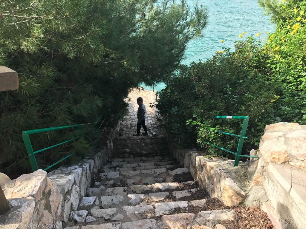 otros caminos se abren a nuestro paso en el camino de ronda de Salou