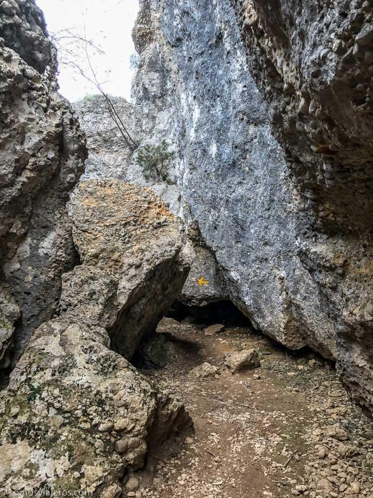 Llegando a la cueva