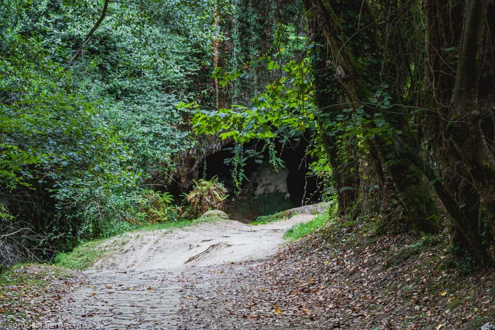 cueva del valle en rasines