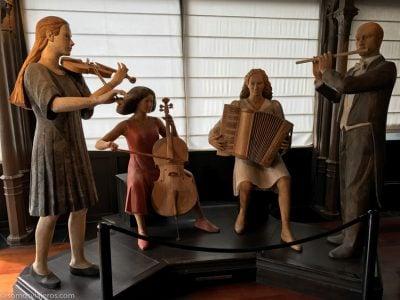 estatuas a tamaño real