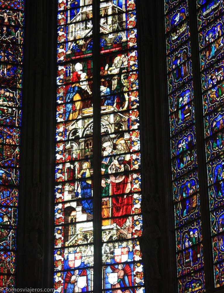 carcassonne - vidrieras basílica