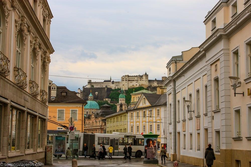 vista del castillo en Salzburgo