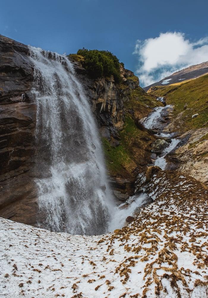 paisajes de cascadas en austria alpes grossglockner