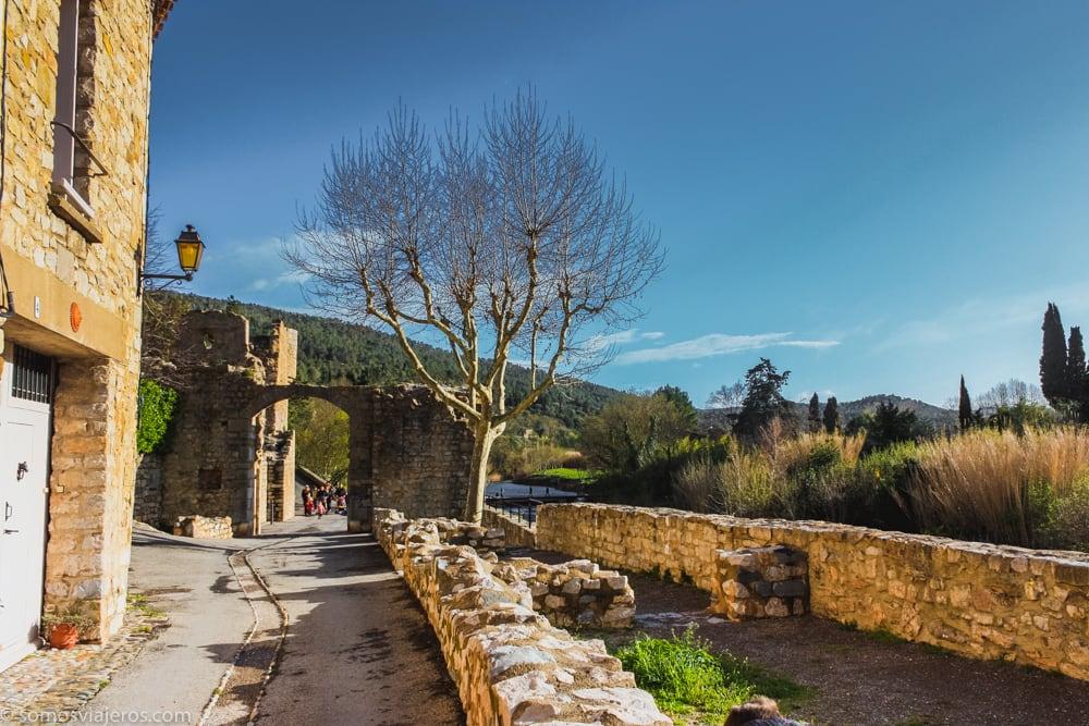 puerta de arco en Largrasse