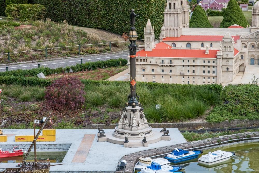 estatua colon en mini-europe