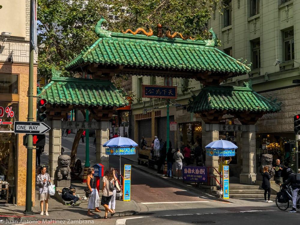 puerta del dragón del barrio chino de San Francisco