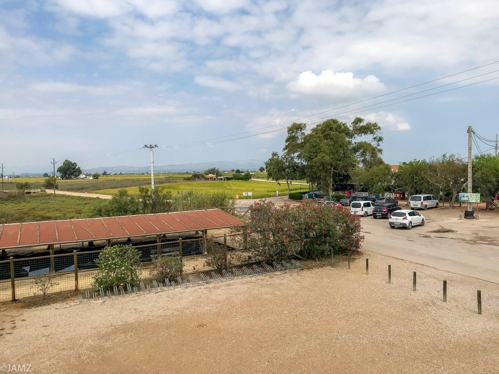 zona aparcamiento casa de fusta delta del Ebro