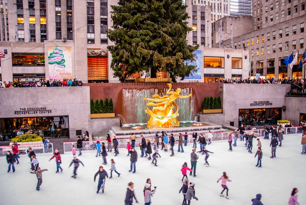 Patinadores en el Rockefeller Center