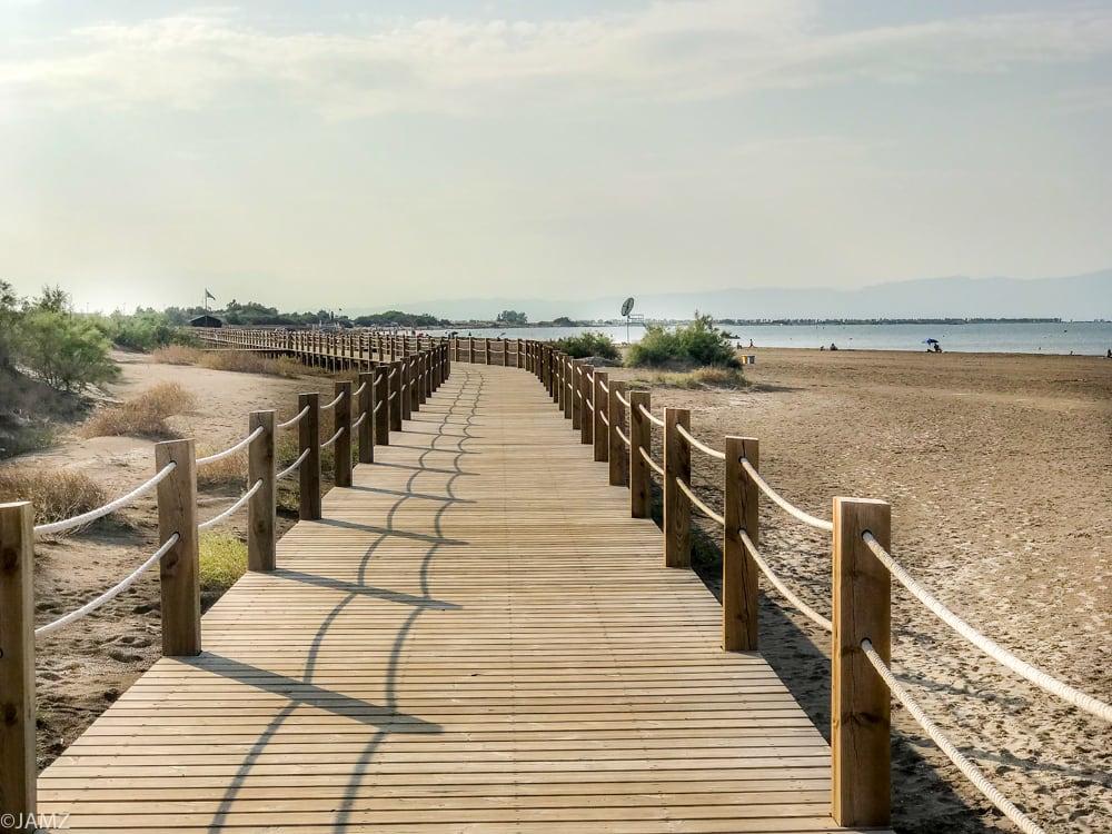 dunas en riumar en el delta del ebro