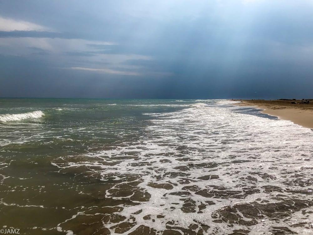 mar abierto en el trabucador en el delta