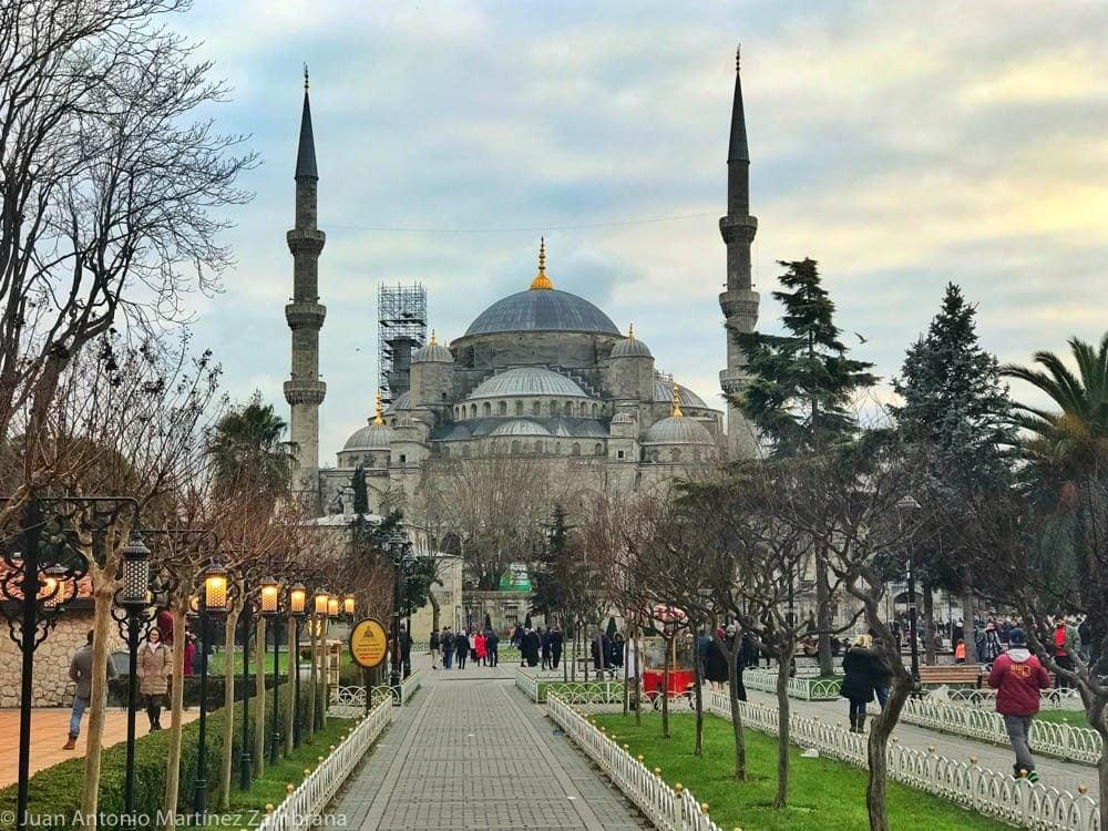 Mezquita Azul al atardecer