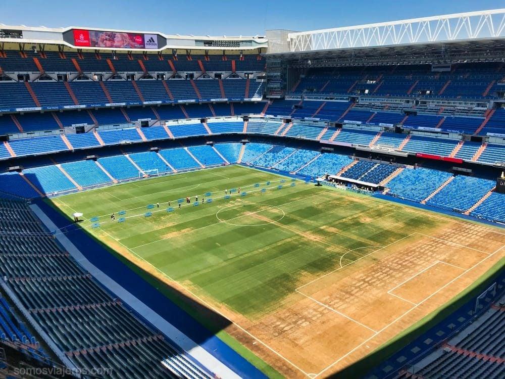 vista del terreno de juego en el tour del Bernabéu