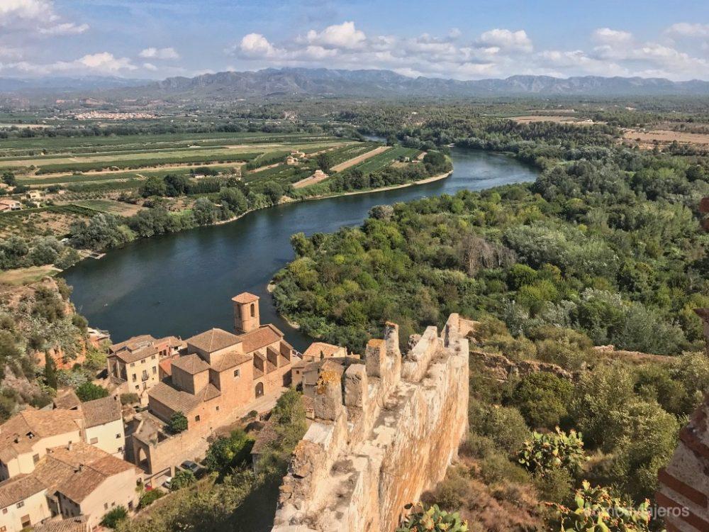 Rio y castillo de Miravet