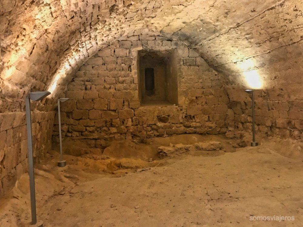 bodega del castillo de Miravet
